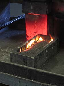 The melted jewelry is cast in ingots. Photo: UK.