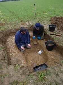 Winfarthing grave. © Tom Lucking.