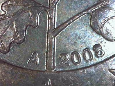 Der Eichenstamm ist angewachsen und die 8 oben ausgefüllt: 2-Cent 2008 A. Schätzung: 1 Euro.