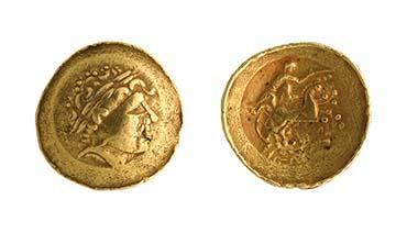 Goldmünze aus La Tène (ca. 200 v. Chr.). Keltische Nachahmung griechischer Goldmünzen. Musée d'art et d'histoire, Neuchâtel - Quelle: Musée d'art et d'histoire, Neuchâtel (A. de Tribolet).