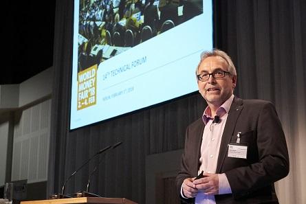 Dieter Merkle eröffnet das Technical Forum. Foto: WMF.