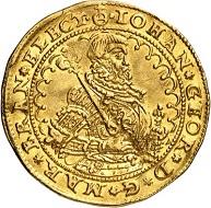 12: Brandenburg-Preußen. Johann Georg, 1571-1598. Dukat 1590, Berlin. Äußerst selten. Vorzüglich. Taxe: 25.000 Euro. Zuschlag: 55.000 Euro.