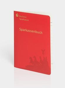"""Das Sparkassenbuch """"Gold"""" der Berliner Sparkasse, Berlin 2009. © Historisches Archiv der Berliner Sparkasse. Foto: Thomas Bruns."""