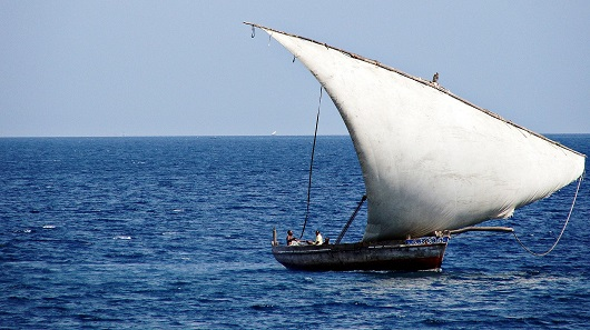 In the Arab world, today's sailboats still look similar to the medieval ones. Back then, their technically advanced rigging created a milestone in Europe. Photo: SajjadF / CC BY-SA 3.0