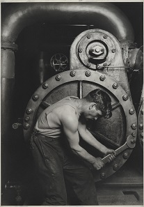 Power House Mechanic by Lewis Wickes Hine. Gelatin silver print, 1920-21. Brooklyn Museum, New York; gift of Walter and Naomi Rosenblum (84.237.7).
