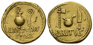 Los 6: M. Junius Brutus mit Cornelius Lentulus Spinther. Aureus, 43-42 v. Chr., herumziehende Münzstätte. Nur fünf bekannte Exemplare, dieses ist das einzige in privatem Besitz. Gutes sehr schön / sehr schön. Schätzung: 75.000 CHF.
