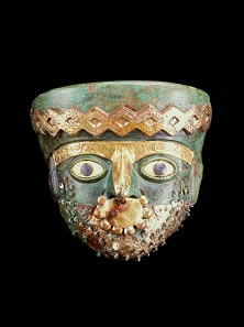 Burial mask of the Moche, Peru, A.D. 525-550. Museo de Sitio de Chan Chan, Huanchaco, Peru. Photo: Christopher B. Donnan.