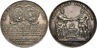 Lot 398: Hesse. Friedrich I, 1730-1751, since 1720 King of Sweden. Silver medal 1740, on the marriage of his great nephew Friedrich (II) with Maria of England. Die by E. Krull. Very fine +. Estimate: 350 Euro.