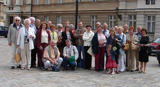 Gruppenfoto des alljährlich stattfindenden Ausflugs - Bild: TNG.