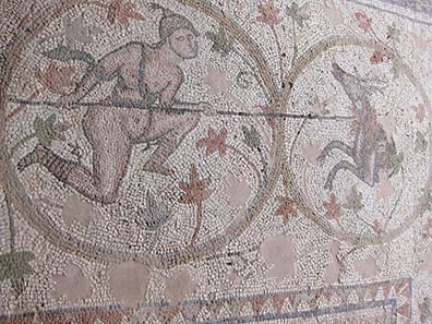 Mosaikboden der Basilika des Doumetios. Foto: KW.