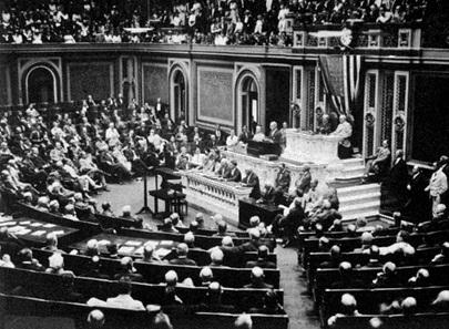 Am 3. Februar 1917 verkündete US-Präsident Woodrow Wilson vor dem Kongress den Abbruch der diplomatischen Beziehungen mit Deutschland. Kurz darauf traten die USA in den Krieg ein.