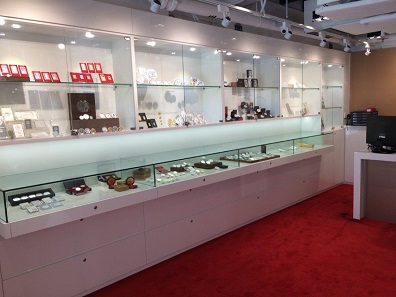 This new collaboration will surely bring new customers to the showrooms of both partners. © GoldSilver Central