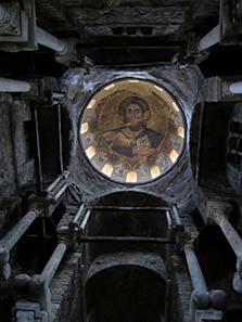 Das prachtvolle Innere der Metropolitankirche. Foto: KW.