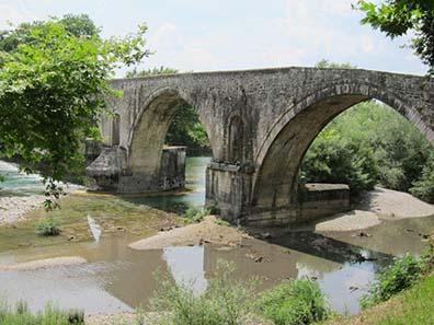 Die berühmte Brücke von Arta. Foto: KW.
