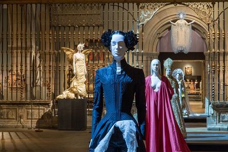 Gallery View, Medieval Sculpture Hall. © The Metropolitan Museum of Art.