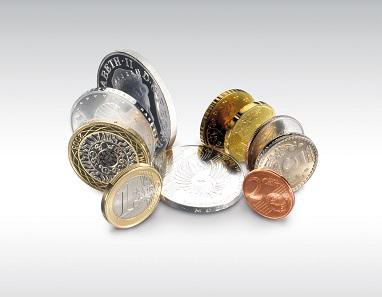 Nach einer von Schuler in Auftrag gegebenen Umfrage will derzeit kaum jemand im deutschsprachigen Raum auf Münzen verzichten. Foto: Schuler.