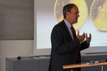 Dr. Claus Fischer, B2B Manager Münze Österreich.