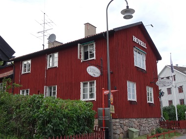 The Laurentius Hotel remembers a famous preacher of Strängnäs Cathedral. Picture: KW.