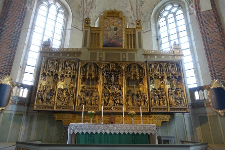 This high altar made in Brussels in 1490 is of an impressive quality. Picture: KW.