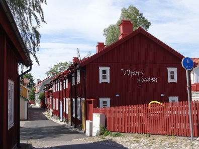 Picturesque houses abound in Strängnäs. Picture: KW.