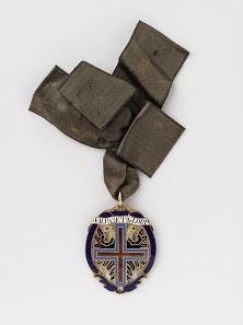 Kleinod des Sternkreuz-Ordens, um 1839, an schwarzem Seidenband. Foto: N. Lackner.