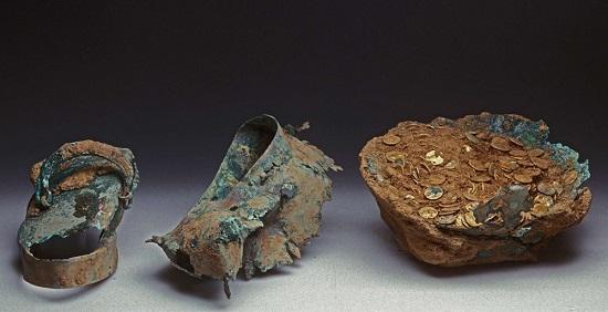 Ein Teil des römischen Goldmünzenschatzes. Foto: Th. Zühmer / CC BY-SA 3.0.