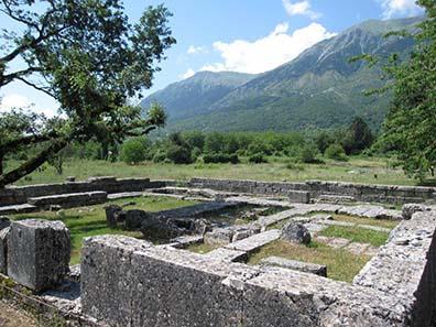 Der heilige Bezirk für Zeus in Dodona. Foto: KW.