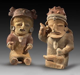 Los 171: Ecuador. Bahia. Ca. 500 v. Chr. - 500 n. Chr. Großes Figurenpaar aus Ton. H. 45,1 und 40,6 cm. Taxe: 3.500 Euro.