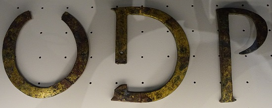 Bronze letters of a monument inscription from the 3rd century AD. Photo: KW.