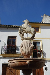 The foal fountain, already described in Cervantes' Don Quixote. Photo: KW.