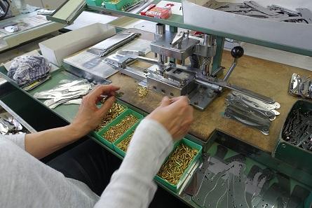 Die Komponenten werden zusammengetragen. Foto: UK.