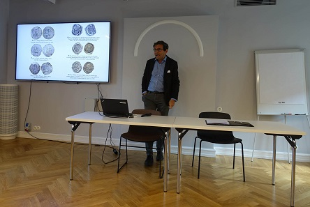 Roman Zaoral provided an overview of the history of coins in Bohemia. Photo: UK.