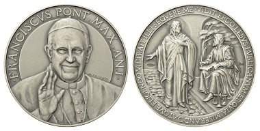 "Lot 318: Francis (since 2013). Silvermedal, 2013. With error in lettering ""LESUS""."