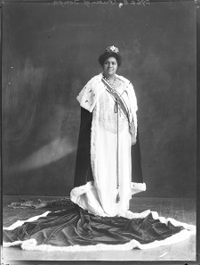 The official coronation picture of Queen Salote Topou.