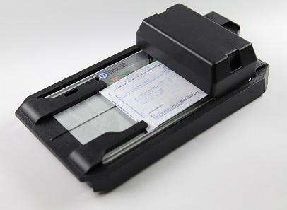 Flachbett-Kreditkarten-Imprinter. Foto: OeNB.