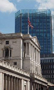 Bank of England employees have commented on a possible withdrawal of 1-penny and 2-pence coins in the UK.