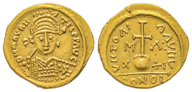 No. 402 – Merovingian coins. Solidus, Marseille. In the name of Mauritius Tiberius. From Münzen und Medaillen AG Auction 81 (1995), no. 956. Very rare. Very fine +. Estimate: 7,000 euros.