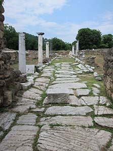 Remains of ancient Edessa: street of columns. Photograph: KW.