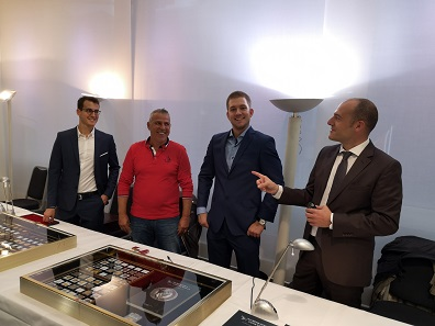 Frank Baldacci and his colleagues at Numismatica Genevensis SA had a great time in Zurich. Photo: LS.