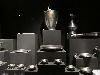 Silver tableware from the Tomb of the Prince.