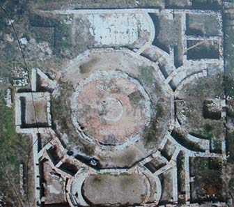 Aerial view of the agora on an explanatory panel. Photograph: KW.