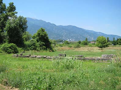 Fundamente des Heiligtums für Zeus Olympios. Foto: KW.