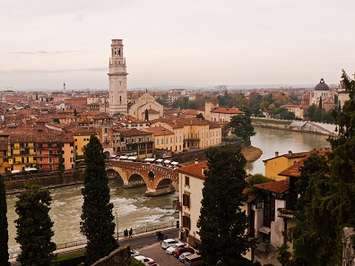 Even during fall, Verona has its very own charm. This is a view of the massive cathedral and the Ponte Pietra, which spans the Adige river. Photo: BS.