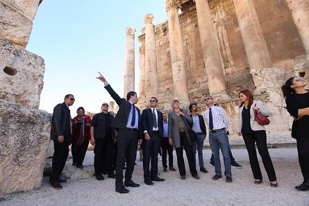 Übergabe des Projektes durch Botschafter Dr. Georg Birgelen an den Generaldirektor des Directorate General of Antiquities des Libanan, Herrn Sarkis Khoury. Foto: Alia Haju, Deutsche Botschaft Beirut.