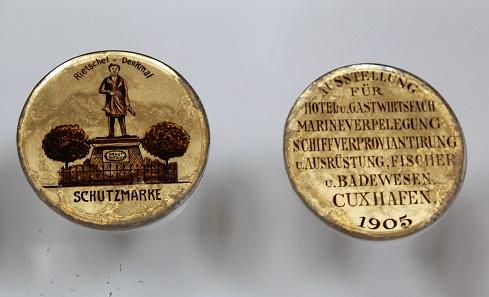 Eine Medaille von 1905, verliehen auf einer Ausstellung in Cuxhaven. Foto: Privatarchiv numiscontrol.