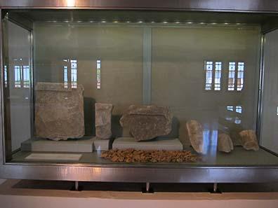 Zeugnisse für den Kult des Zeus Olympios auf dem Olymp. Foto: KW.