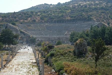 Theater und Arkadiane Prunkstrasse von Ephesos. Foto: KHM-Museumsverband.
