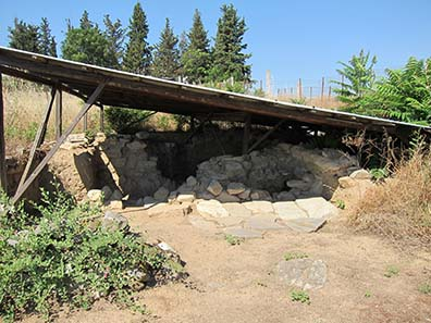 Unkown foundation remains from ancient times. Photograph: KW.