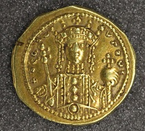 Theodora, tetarteron nomisma, 1055-1056, gold, Constantinople. Photo: The Hunterian.