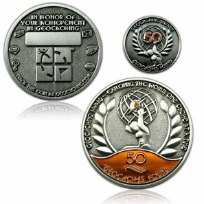 Geocoins are also distributed as awards, e.g. to celebrate the 50th discovery of a geocache. Photo: Geocoinshop.de.